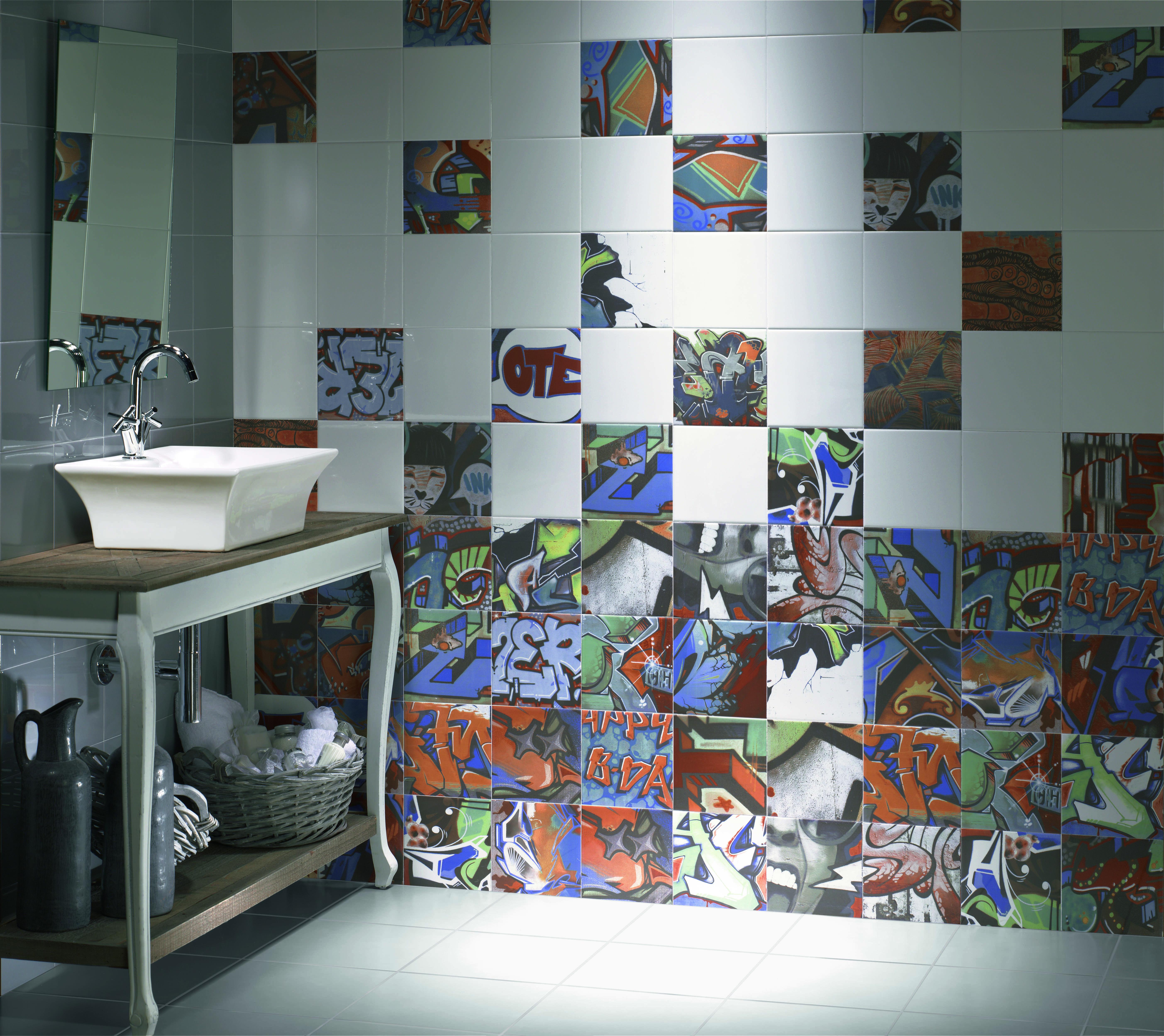 Tile Of Spain Preparing For Cersaie '12