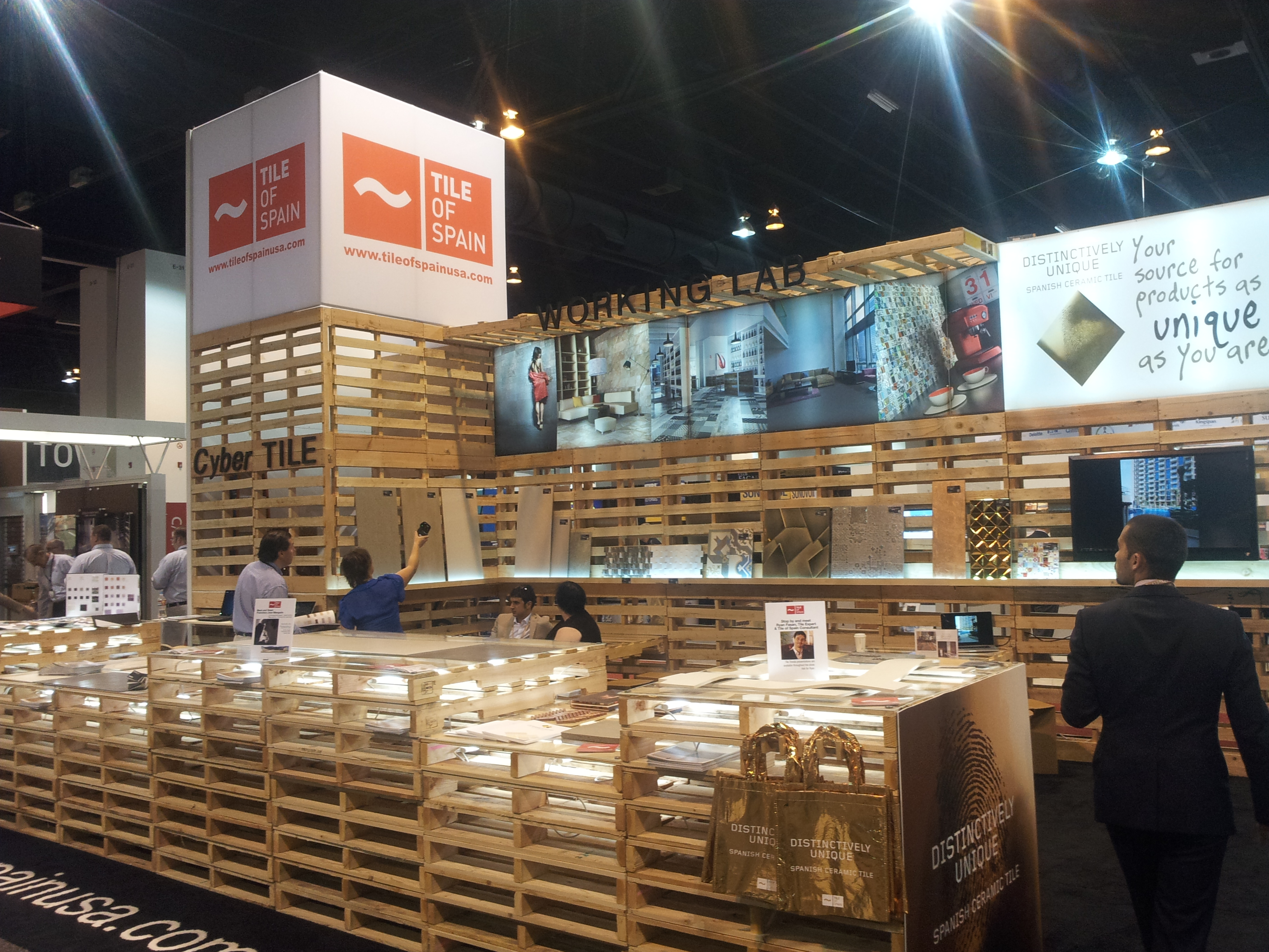 Exhibition Booth In Spanish : Innovations from denver: a review of aia 2013 tile of spain usa
