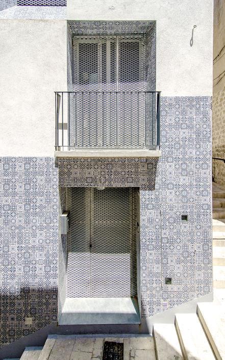 Tile of Spain Award honorable mention: El Enroque House, by Ángel Luis Rocamora.