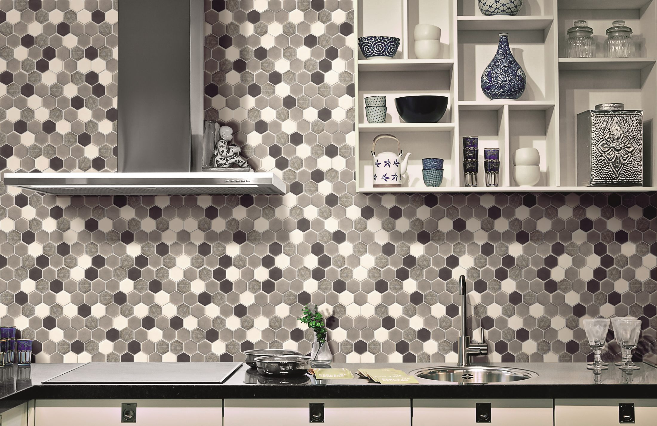 1_ALTTOGLASS HE0007 HEX. CEMENT BAROQUE