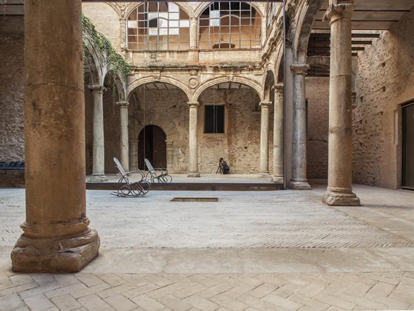 Tile of Spain Award winning project: restoration of the Cloister at Betxí Castle by El Fabricante de Espheras studio.  Photo: Milena Villalba.lalba.