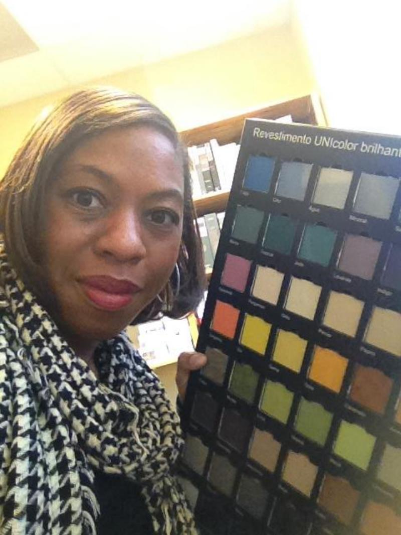 Dayna Hairston Tile Selfie