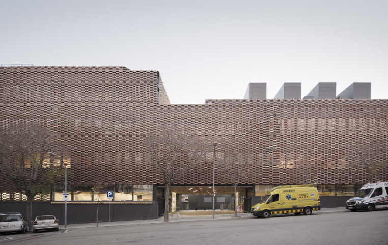 The Research Institute of the Hospital de Saint Paul, a Tile of Spain Award Winning Project
